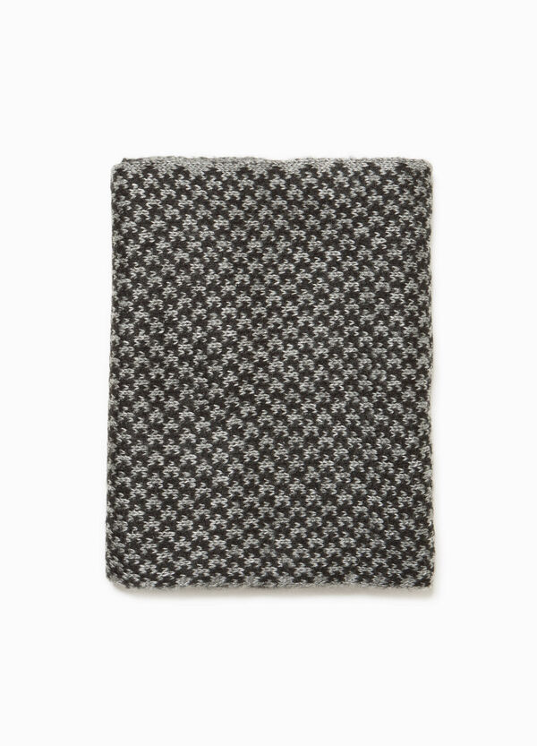 Two-tone jacquard neck warmer