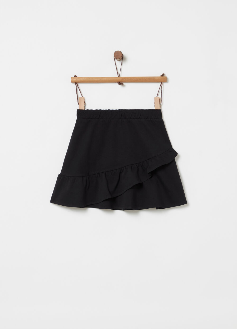 Lightweight fleece skirt with frills