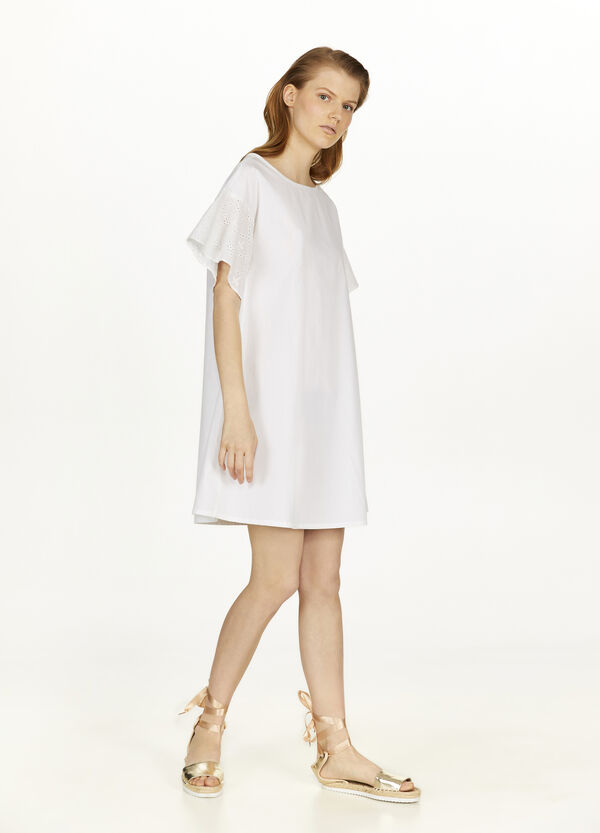 Cotton dress with lace sleeves