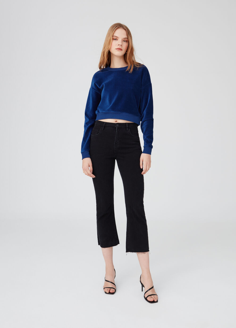 Crop top with velvet effect and delavé wash