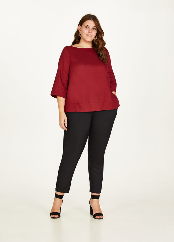 Curvy blouse in 100% linen with splits
