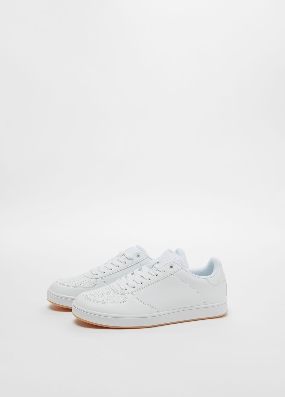 Solid colour faux leather sneakers