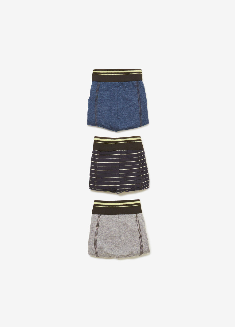 Three-pack solid colour and printed stretch boxers