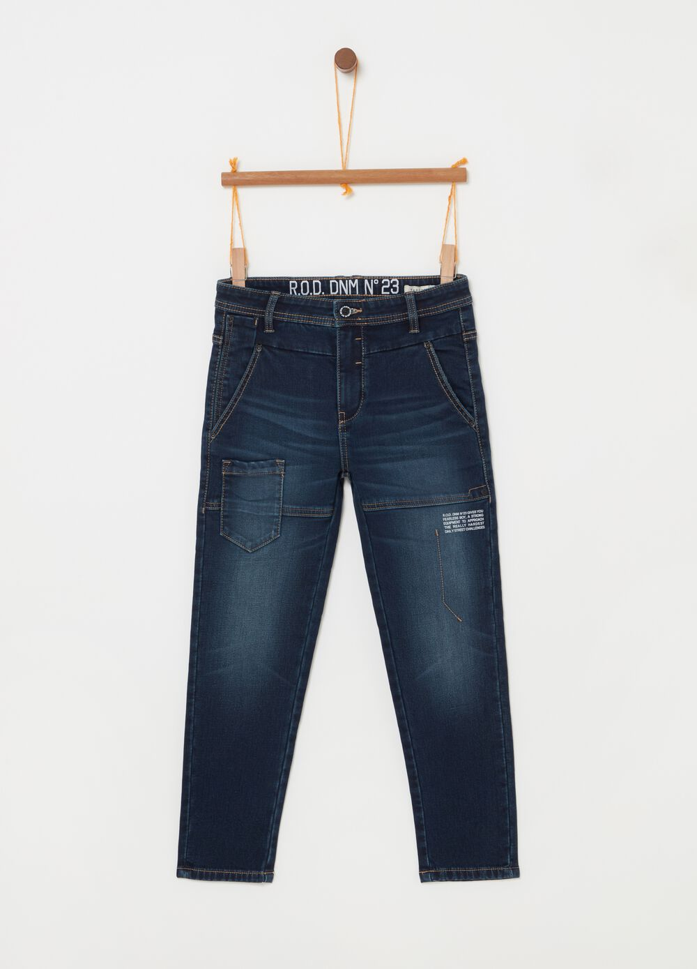 Tapered-fit stretch jeans with lettering print