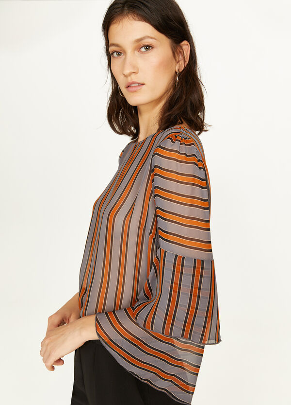 Blouse with striped patterned flounce