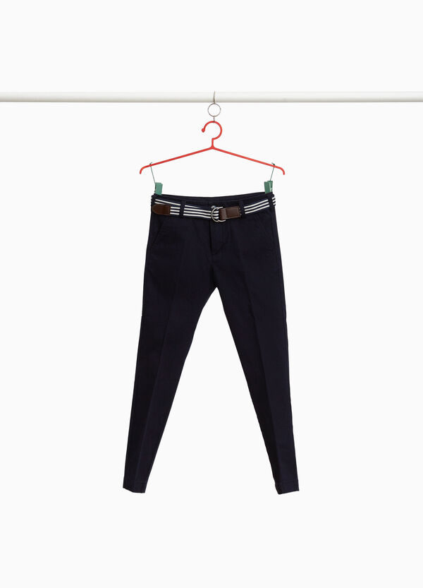 Chino trousers with crease and belt