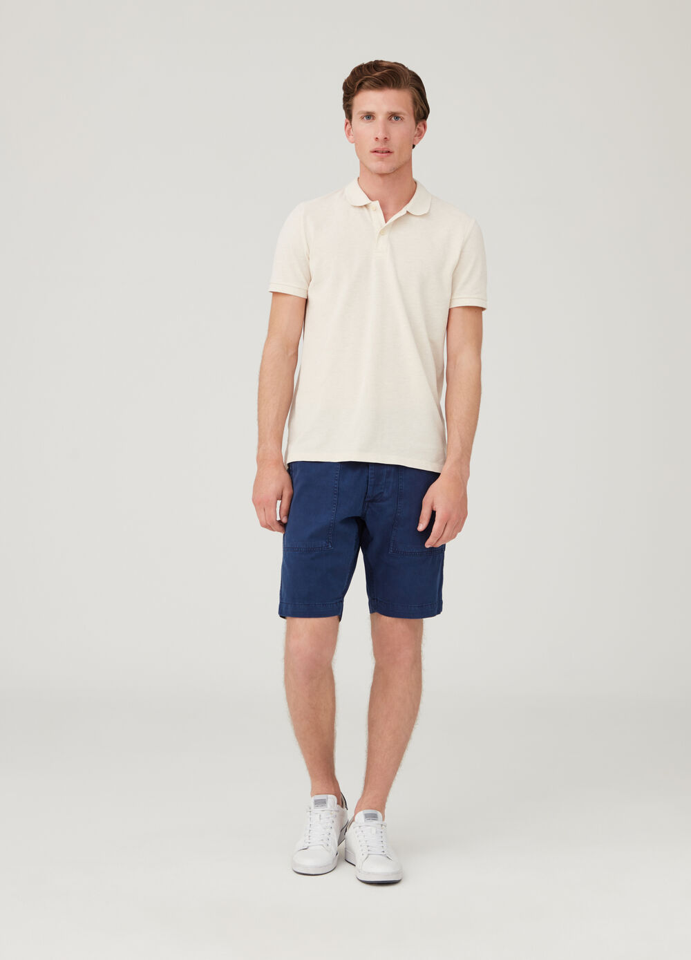 Regular-fit chino shorts with pockets