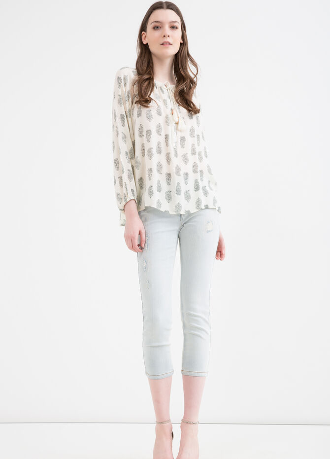 Stretch skinny fit jeans with abrasions