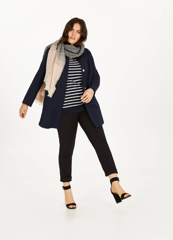 Curvy stretch coat with weave