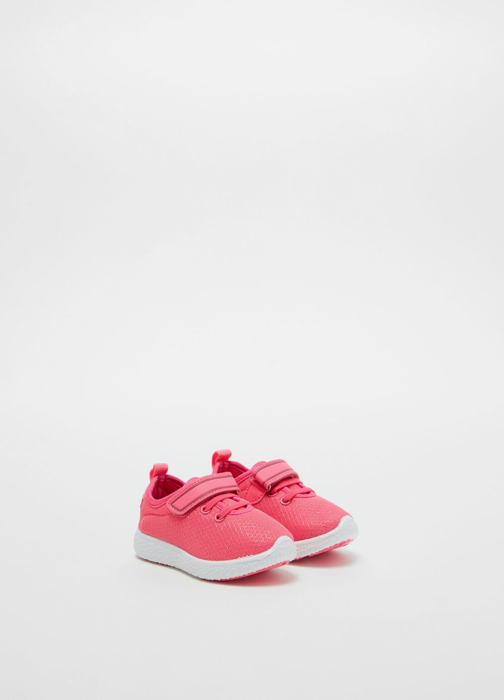 Solid colour sneakers