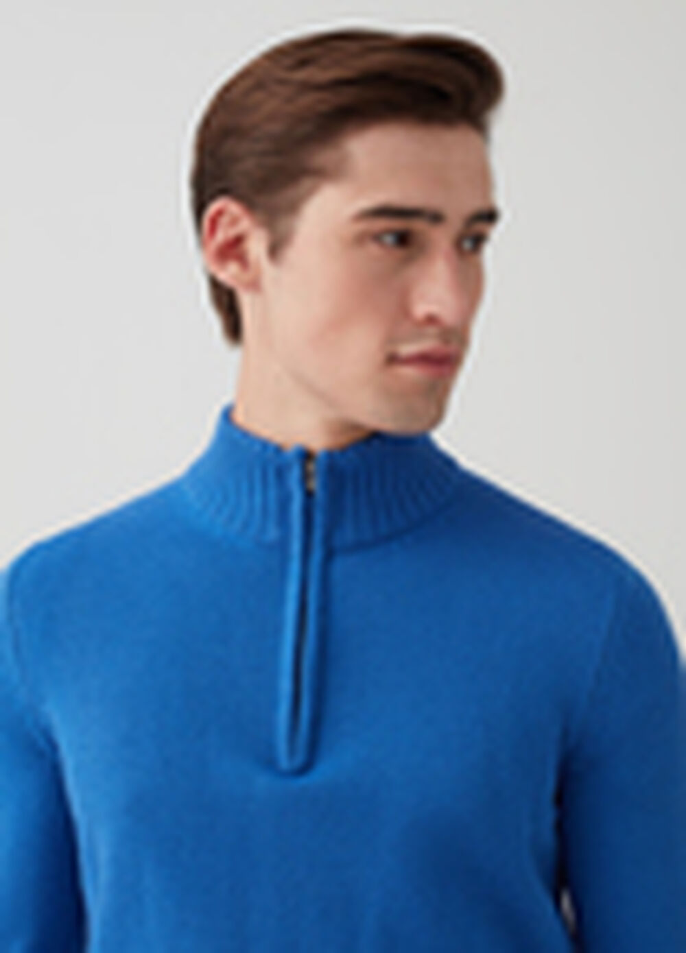 Knitted pullover with high neck and zip