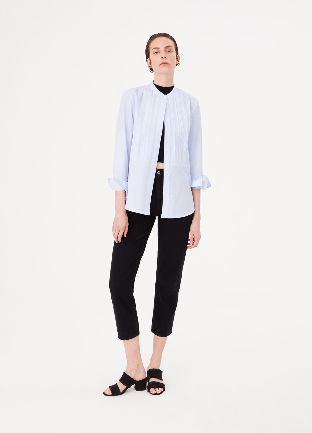 Cotton blend shirt with pleats on the front