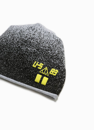 Beanie cap with print and pattern