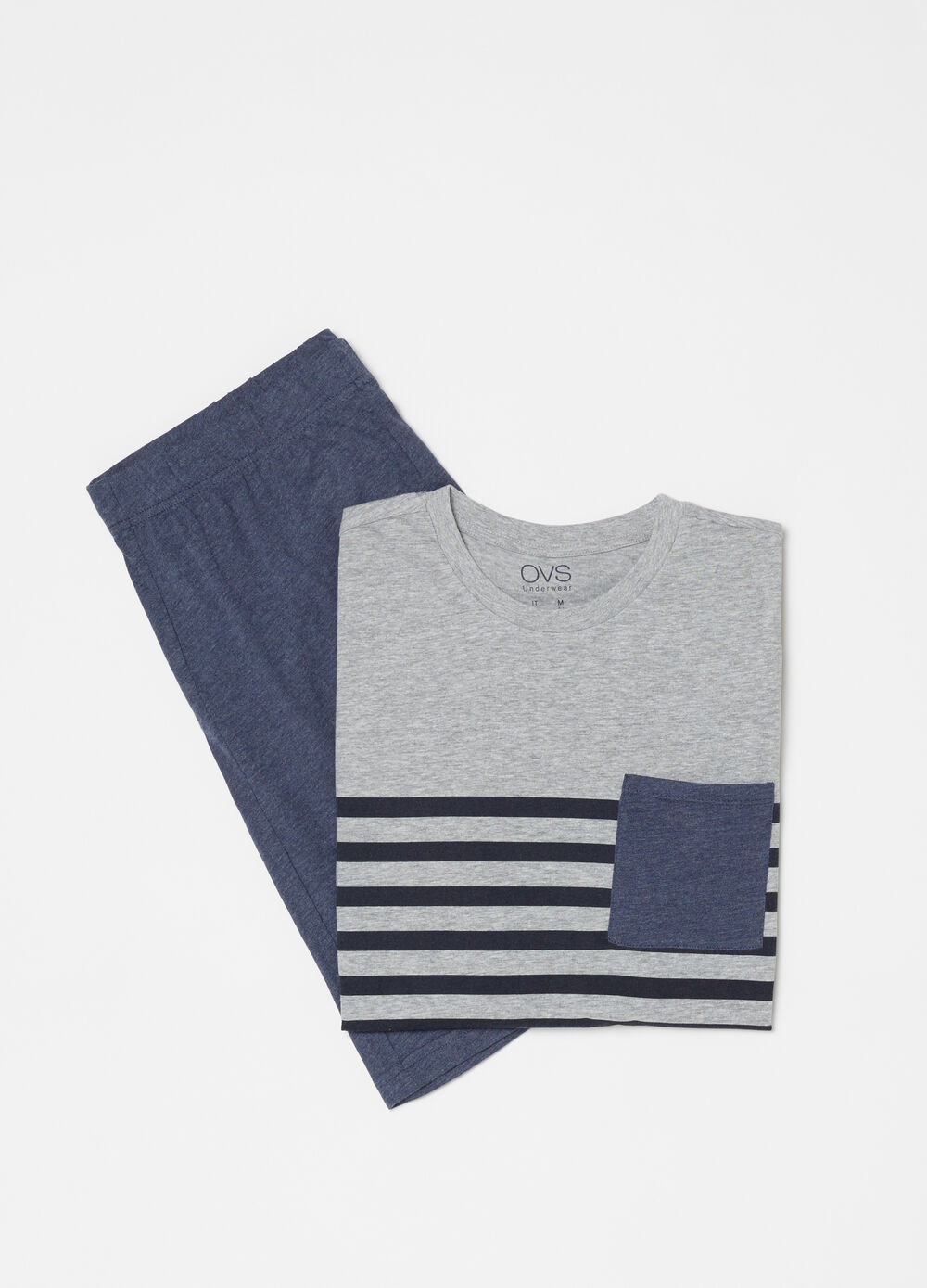 Short pyjamas with striped insert T-shirt and trousers
