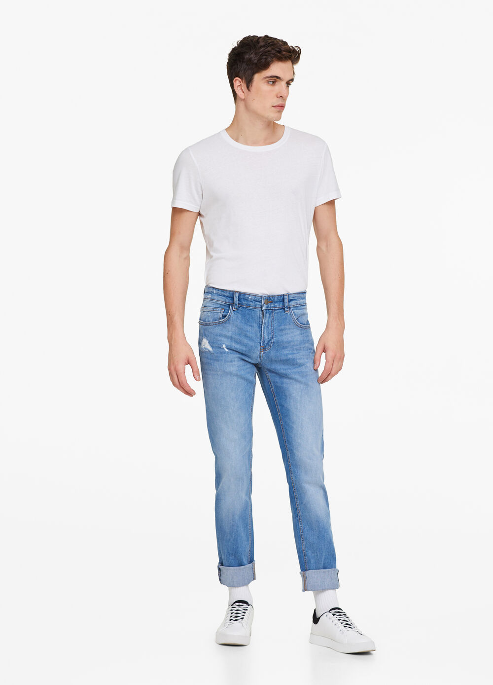 Skinny-fit worn-effect jeans with rips