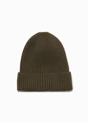 Knitted beanie cap with fold