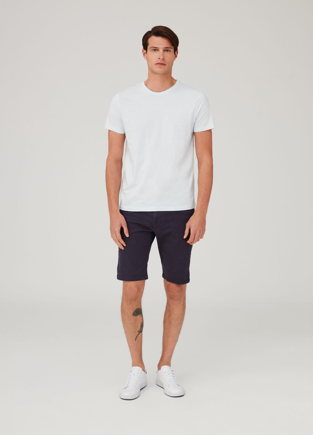 Regular-fit stretch shorts with pockets