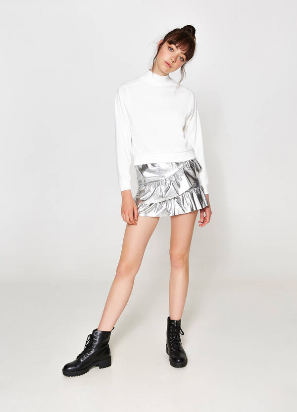 Shiny flounced skirt