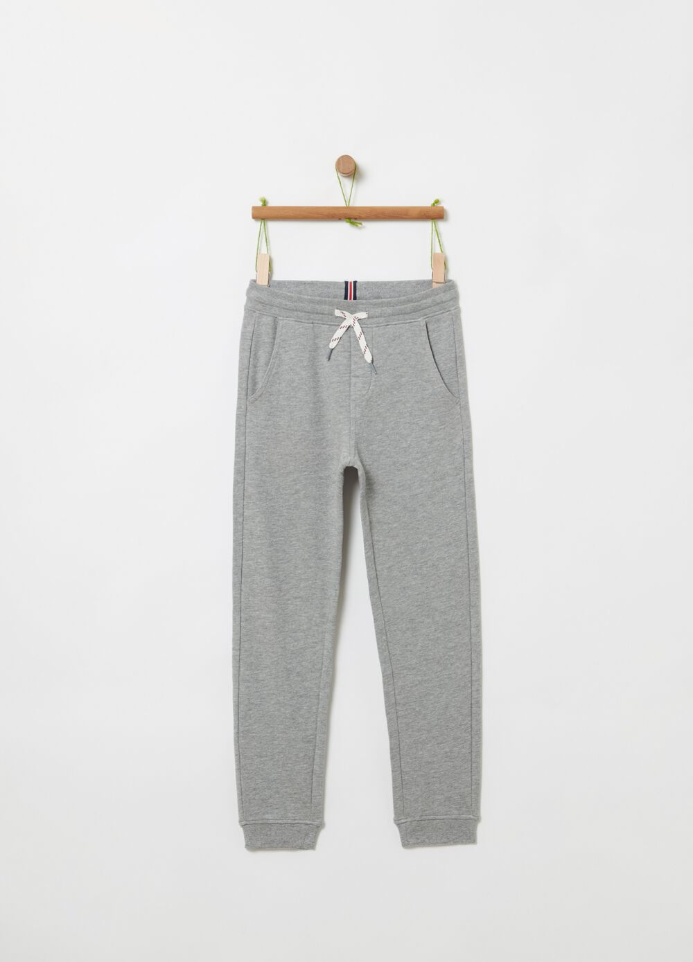 Jogger trousers with pockets