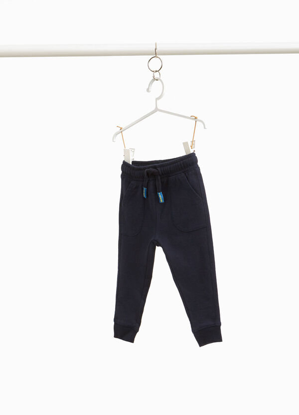 Joggers with patch tips