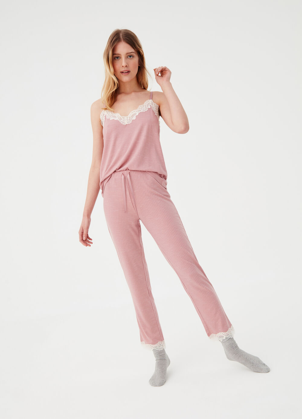 Ribbed pyjama trousers with lace