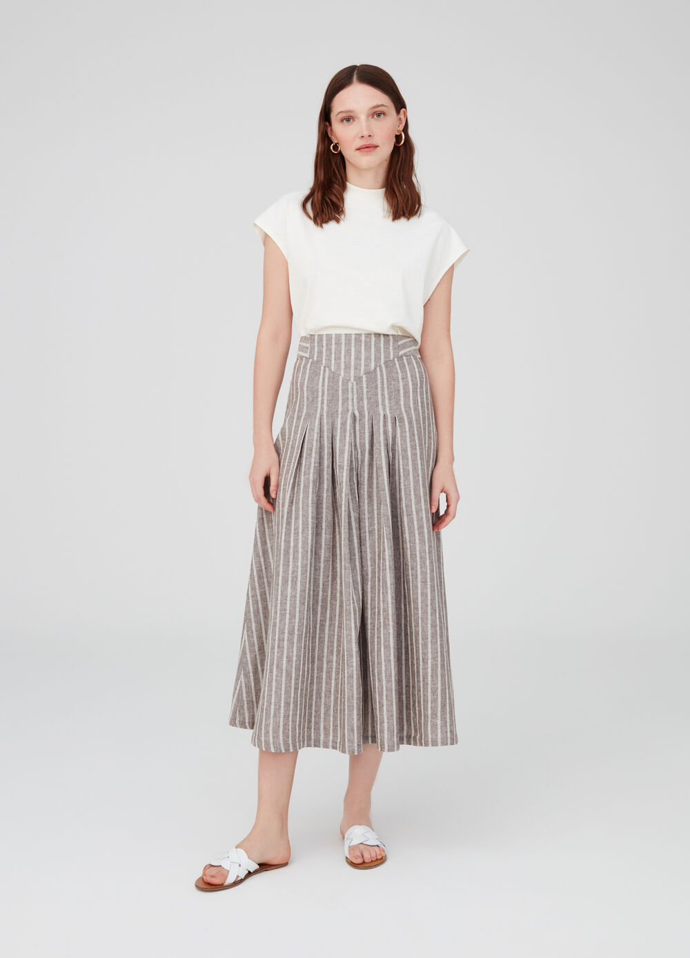 Striped linen and cotton shirt with pleats