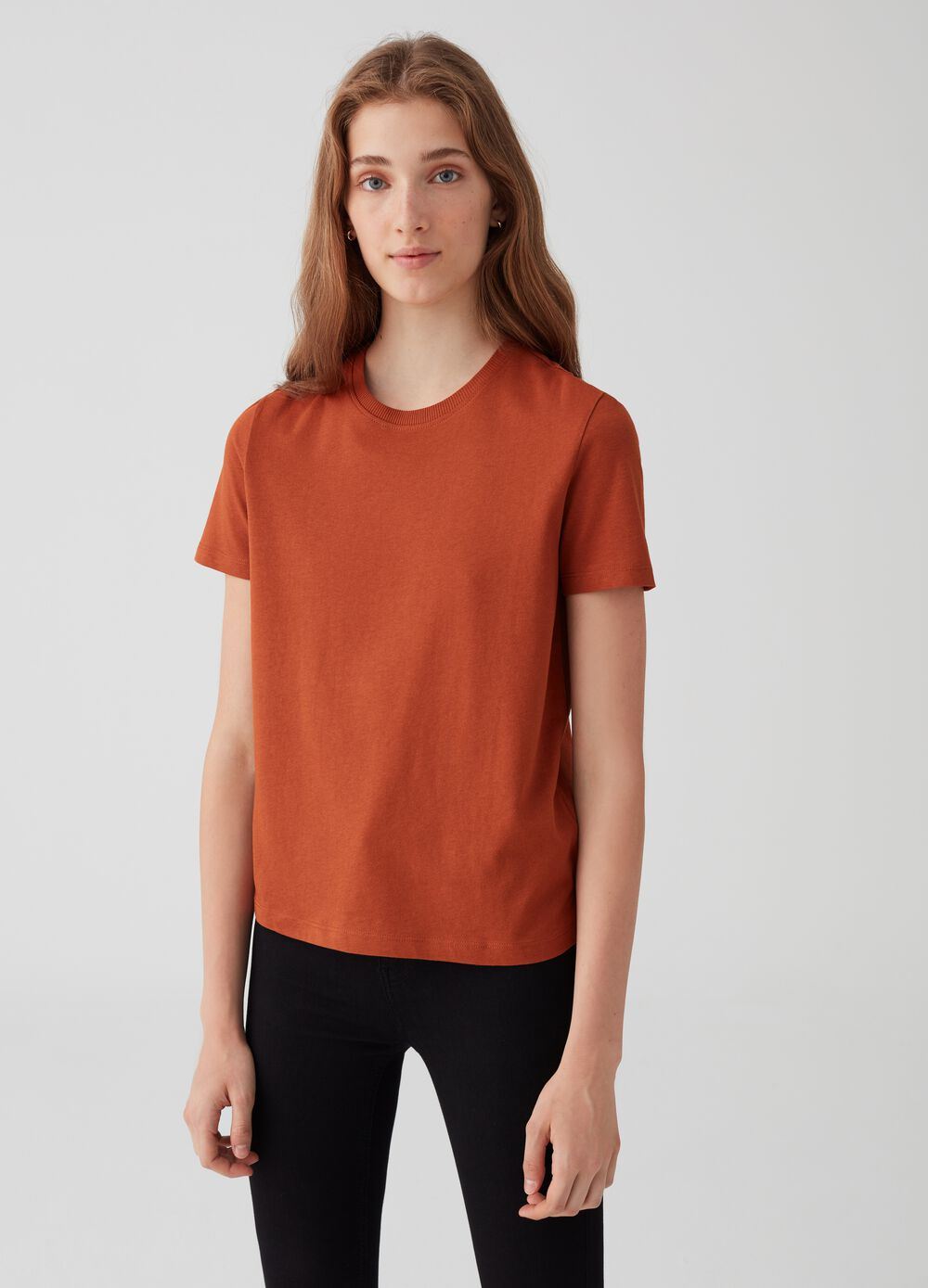 Regular-fit T-shirt in 100% cotton