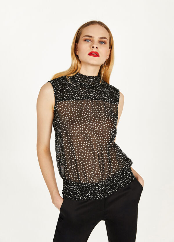 Sleeveless polka dot georgette blouse