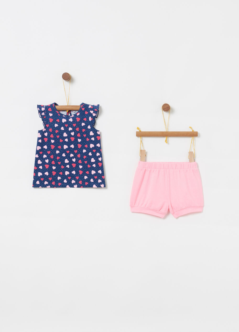 Jogging set with vest and shorts with hearts and polka dots