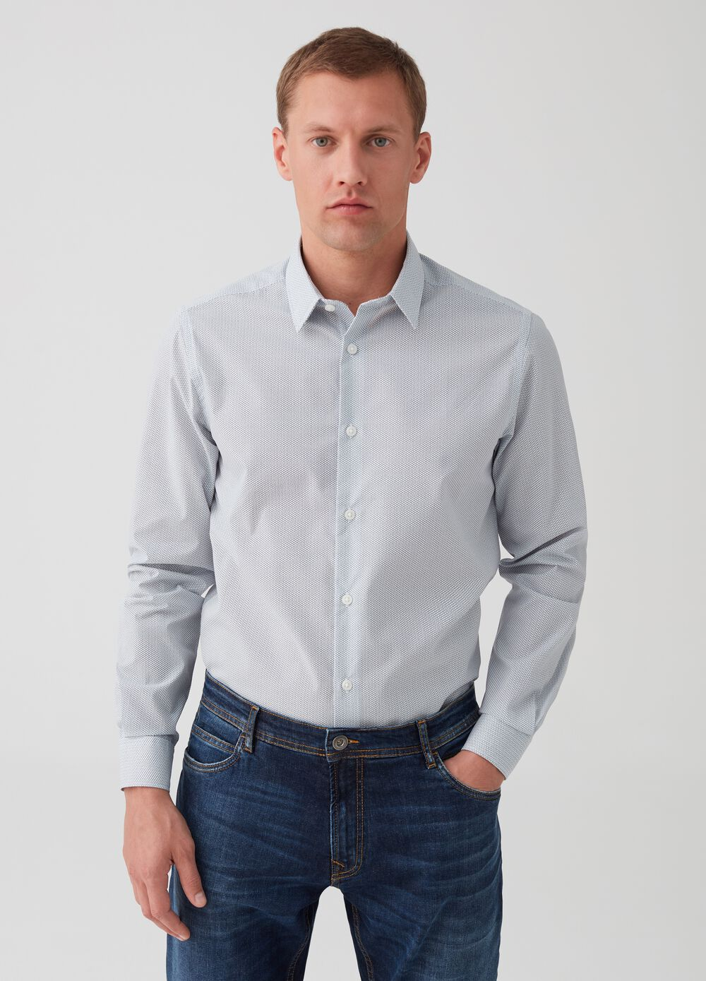 Slim-fit shirt with micro pattern