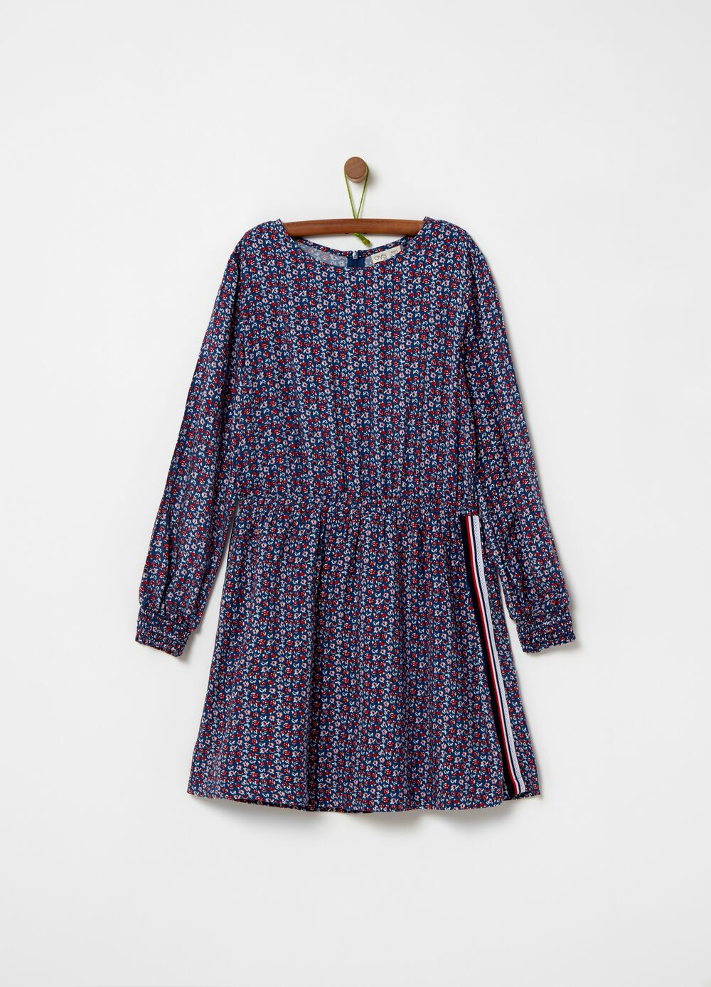 100% viscose dress with floral pattern