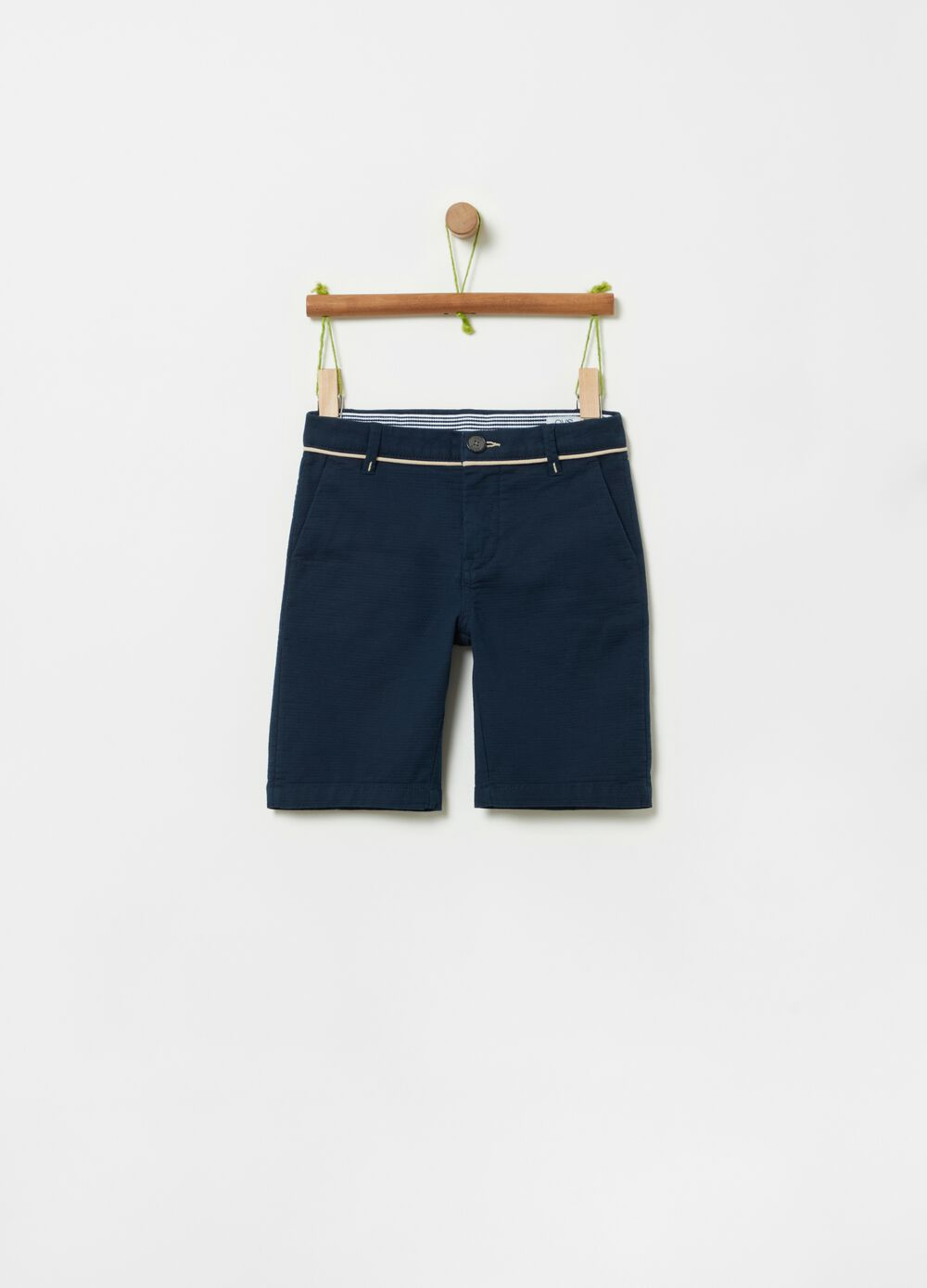 Short stretch cotton trousers