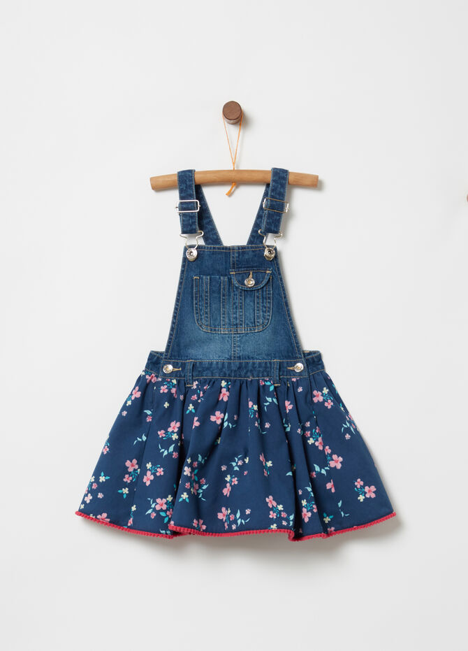 Outfit with washed denim top and floral skirt