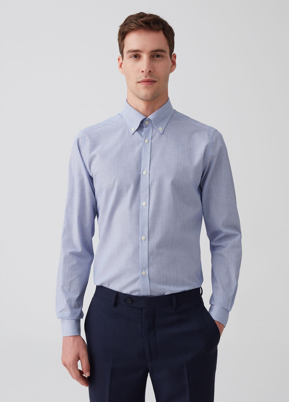 Camicia slim fit button-down micro righe