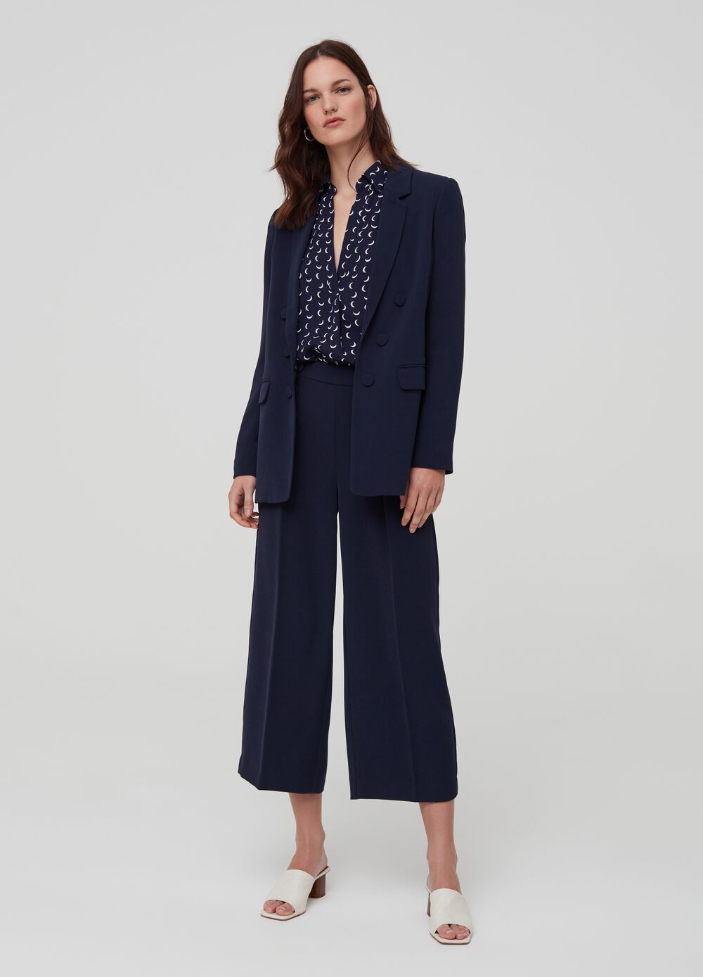 Palazzo trousers with small buttons