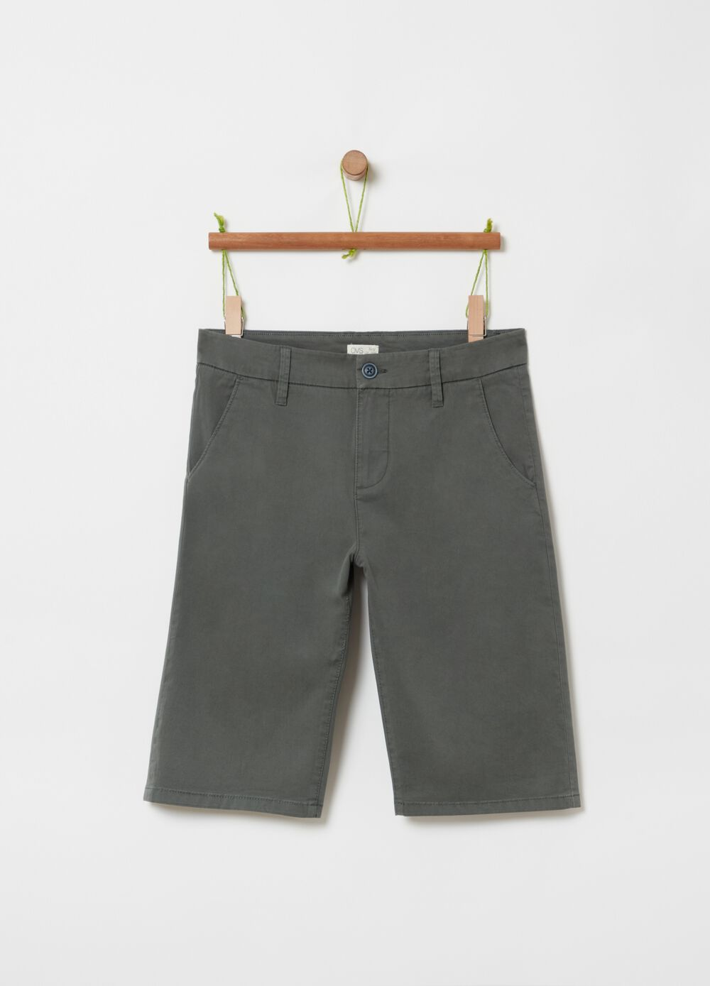 Solid colour chino shorts