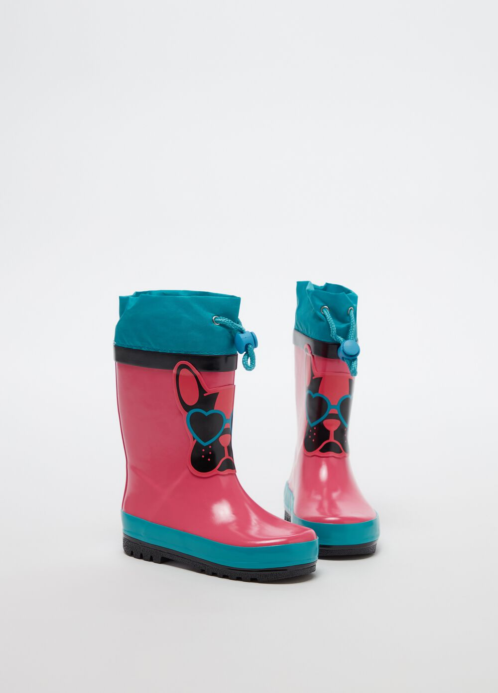 Rain boots with puppy print