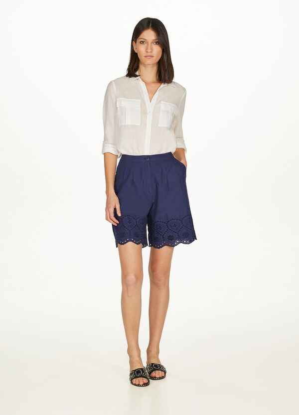 High-waisted cotton Bermuda shorts in lace