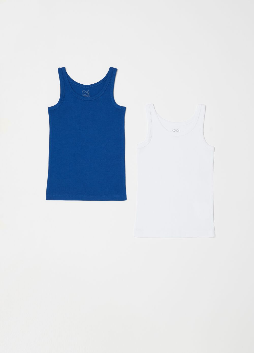 Two-pack solid colour biocotton vests