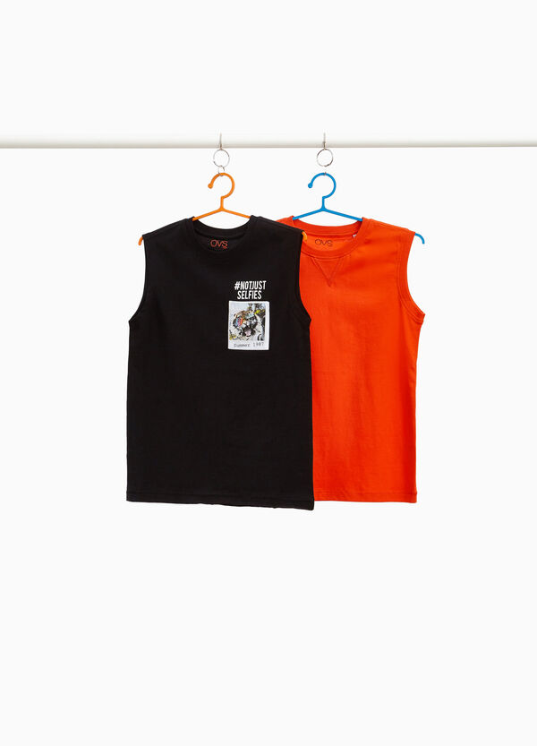 Two-pack printed vests in 100% cotton