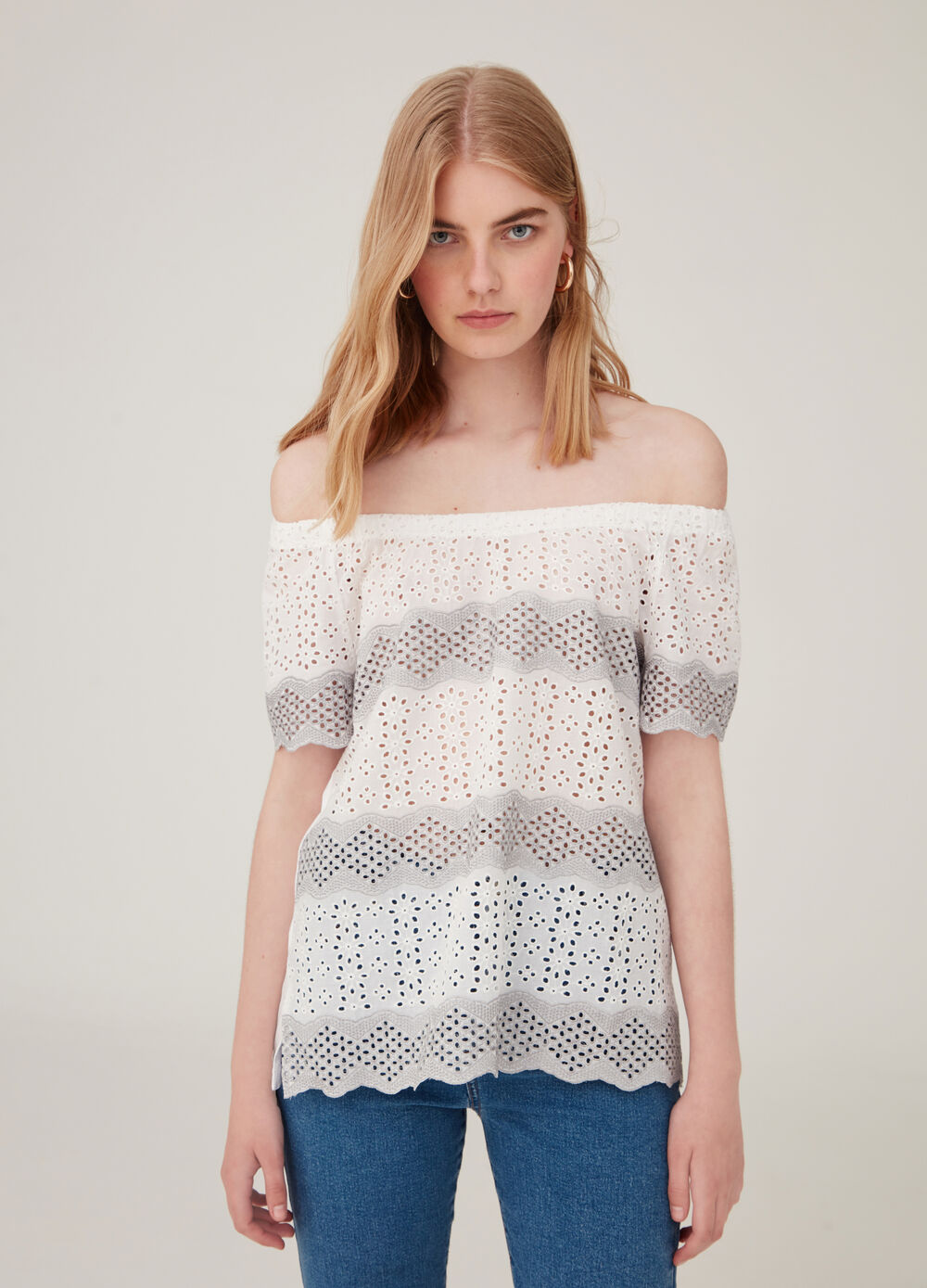 a3b0f75ff158 T-shirt with drop shoulders and openwork weave