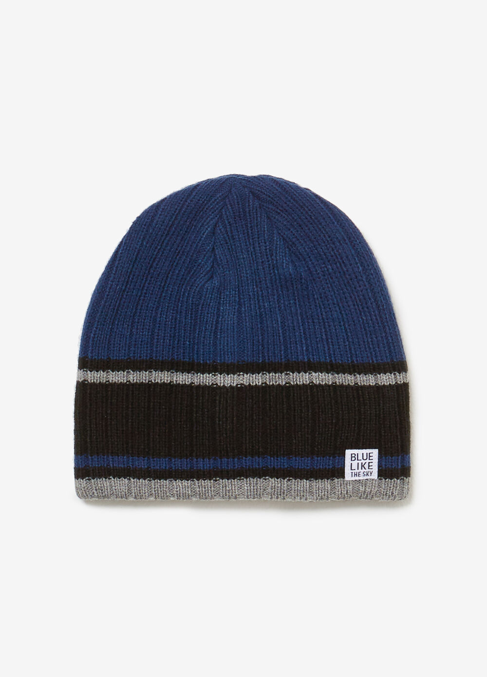 Knitted beanie cap with striped pattern
