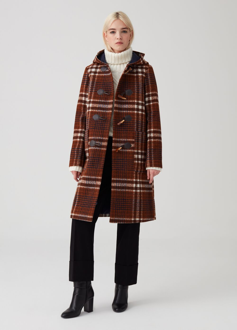 Duffle coat with check pattern hood