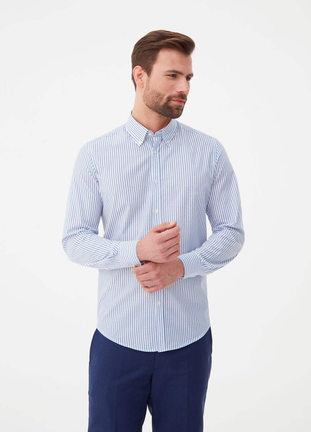 Slim-fit striped shirt with button-down collar