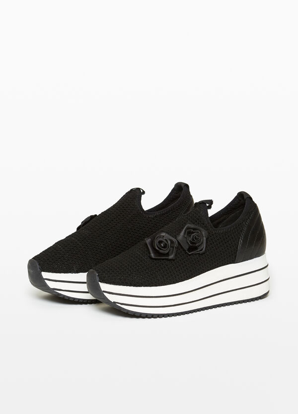 Slip-ons with thick striped sole