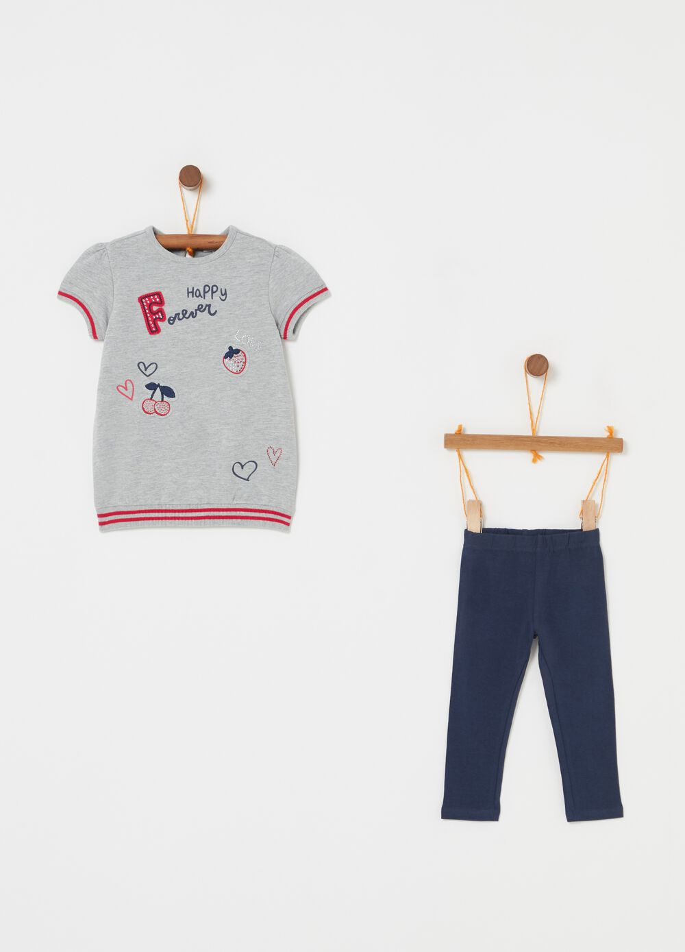 Jogging set with lettering print