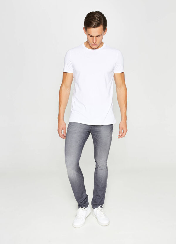 Worn-effect, skinny-fit jeans with whiskering