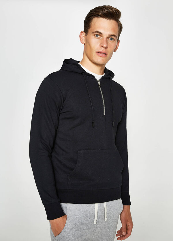 Cotton hoodie with zip