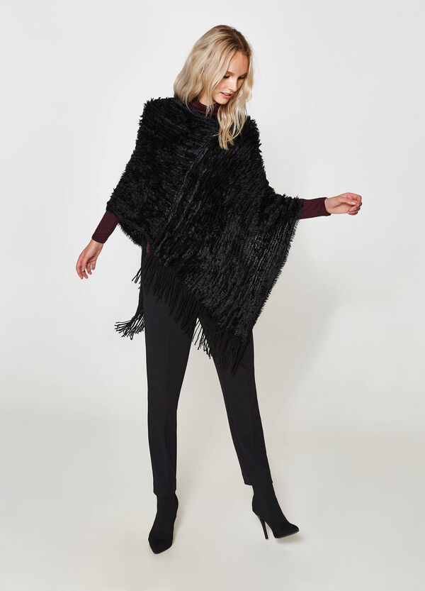 Asymmetric poncho with fringe | OVS