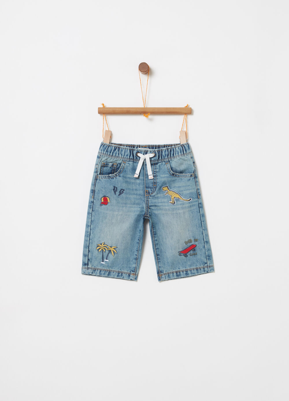 Denim shorts with embroidery and print